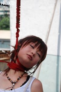 hanging-girlnew